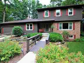 Property for sale at 5849 Park Hill Cir, Fitchburg,  WI 53711